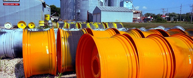 Harry's Farm and Tire, Wheatland, Iowa, along U.S. 30 (2015)
